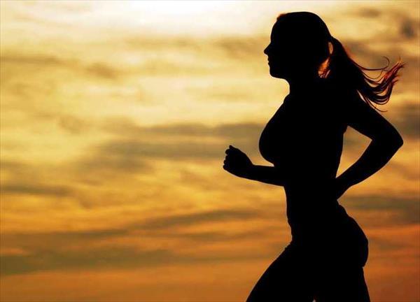 Estudio sugiere que hacer ejercicio reduce el riesgo de padecer 13 tipos de cáncer