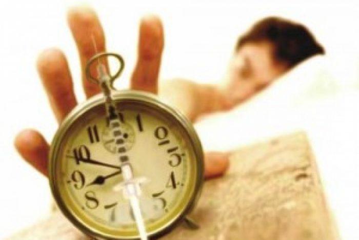 """Científico critica cambio de horario por """"insuficiente"""" y advierte sobre efectos negativos sobre la salud"""