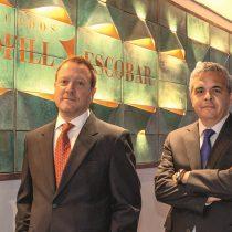 Chang se blinda: Jorge Bofill y el ex director del SII, Ricardo Escobar, asumen su defensa