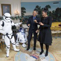 [VIDEO] El homenaje de los Obama en el Día Mundial de Star Wars
