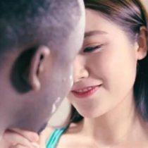 [VIDEO] ¿El comercial más racista de la historia? Se reabre el debate sobre la obsesión por la blancura en Asia