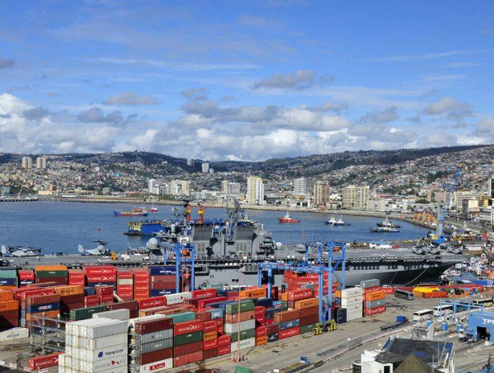 Balanza comercial de Chile cerró noviembre con superávit de US$512 millones
