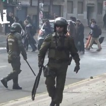 [VIDEO] La represión policial a niños y jóvenes en marcha estudiantil no autorizada