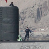 Gutiérrez pide a Contraloría que ordene sumario administrativo a la Armada por cajas de cervezas en un submarino