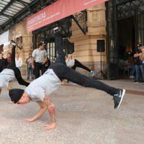 El arte callejero chileno y francés se tomó la Estación Mapocho con grafiti y street dance