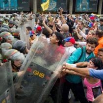 Detienen a dos concejales venezolanos por planear supuestos actos violentos