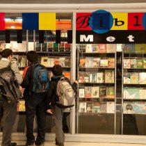 Bibliometro cumple 20 años siendo la biblioteca pública más grande de Chile