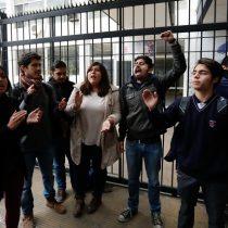 [Galería] Estudiantes se toman sede del PS y PPD