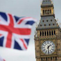 Con empate técnico se cierran las campañas del referendo que definirá el