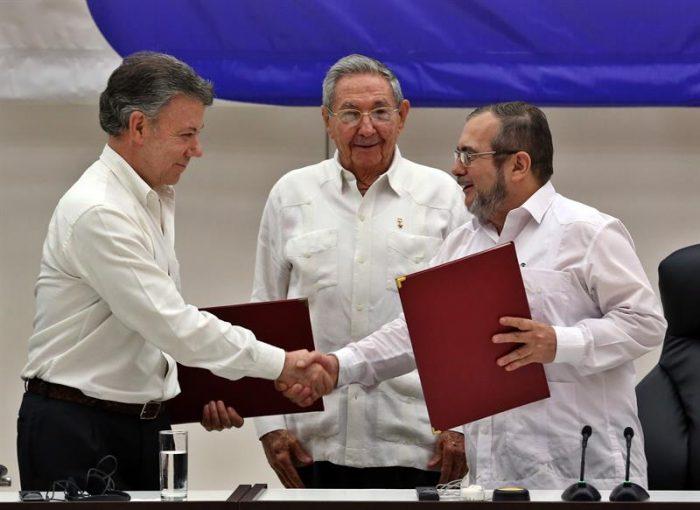 Comenzó en La Habana la ceremonia del acuerdo para cese el fuego en Colombia