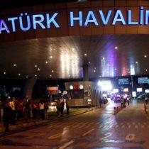 Turquía: al menos 10 muertos y 20 heridos en dos explosiones en el aeropuerto Ataturk de Estambul