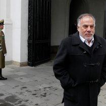 Andrade despliega su ironía para responder a Burgos: