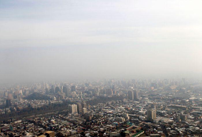 """Ambientalistas advierten: """"En Chile hay personas que mueren diariamente por la contaminación y las autoridades son cómplices pasivos"""""""