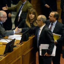 Con votos del PC Gobierno logra aprobación de reajuste para el sueldo mínimo en la Cámara