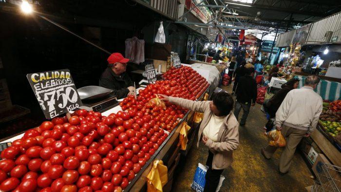 Los tomates no dan tregua con la inflación: BBVA anticipa que IPC