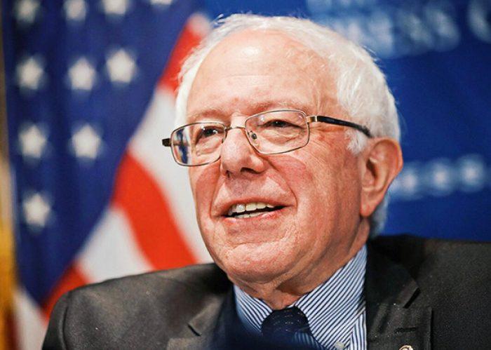 """Bernie Sanders anuncia nueva precandidatura presidencial: """"Trump humilla la democracia norteamericana"""""""