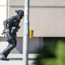 Policía alemana logra reducir a hombre armado que se atrincheró en un cine: 25 heridos