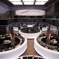 Bolsas europeas empiezan a asumir el