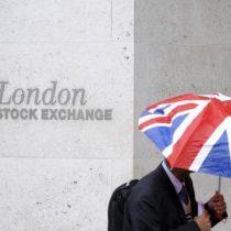 Declinan la libra y los bancos como consecuencia del Brexit