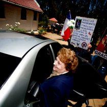 Lucía Hiriart internada de urgencia en Hospital Militar