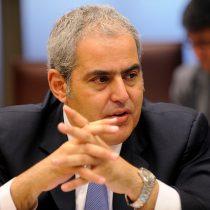 Sabas Chahuán en la mira por dilatar investigación por cohecho de Longueira en caso SQM
