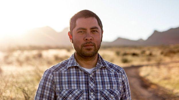 Jason de León dirige el proyecto Undocumented Migrant Project de la Universidad de Michigan.