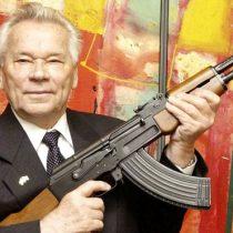 La sorprendente reinvención de la firma detrás del Kalashnikov, el fusil más famoso del mundo
