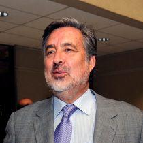 Alejandro Guillier: encuesta pavimenta camino a La Moneda