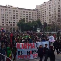 [VIDEO] Porque no todo es violencia y encapuchados: estos son las imágenes que dejó la marcha estudiantil de hoy