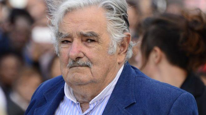 José Mujica considera urgente solucionar la crisis económica de Venezuela.