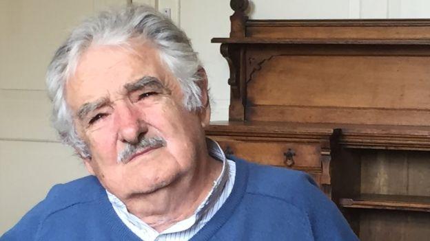 José Mujica alerta del peligro de una intervención desde el exterior si la situación en Venezuela se recrudece.