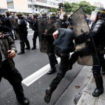 [VIDEO] Francia: hoy se vota reforma laboral, 14 mil manifestantes en París, según la policía, y 55 mil según sindicatos