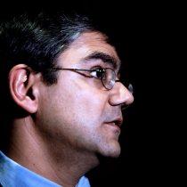 La última movida de Burgos: la desvinculación del director jurídico del programa de DD.HH. de la cartera por caso Cheyre