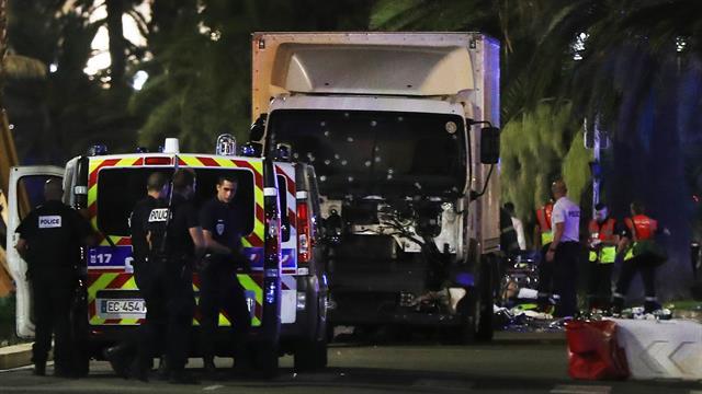 Día de la Independencia: nuevo atentado en Francia deja decenas de muertos entre quienes celebraban el 14 de julio