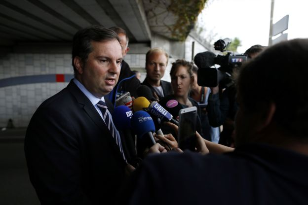 El portavoz del Ministerio del Interior, Pierre-Henry Brandet, llegó a Saint-Etienne-du-Rouvray.