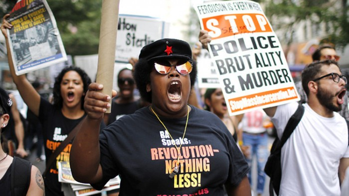 Cuatro agentes muertos y siete heridos en protesta contra violencia policial en EE.UU.
