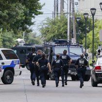 Tres policías muertos en tiroteo en Baton Rouge, EE.UU.