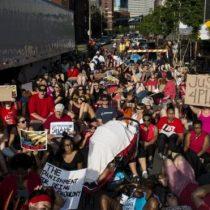 """""""Fin de semana de ira"""" por todo EE.UU. contra la violencia policial hacia afroestadounidenses"""
