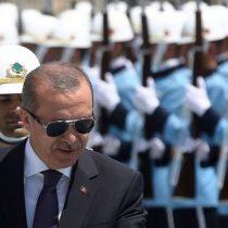 Turquía anuncia disolución de la guardia presidencial tras detener a 300 de sus miembros durante el intento de golpe de Estado