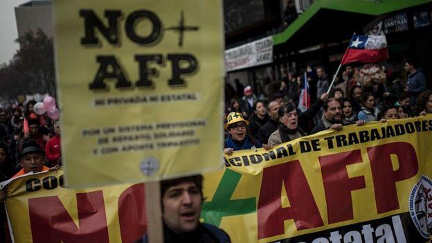 Muchos chilenos no están contentos con el monto de sus pensiones