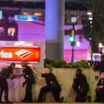 [En fotos] caos en Dallas luego de que hombres armados mataran a cinco policías en una manifestación pacífica