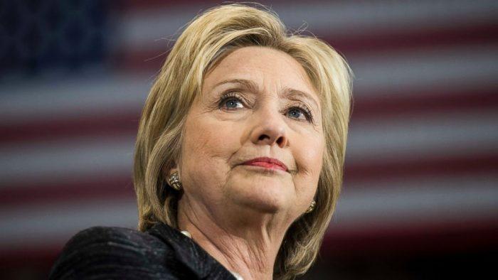 Clinton hace historia como primera mujer candidata a la Presidencia de EE.UU.