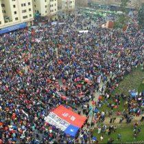 Crisis de las pensiones: chilenos quieren cambiar sistema, pero tienen un desconocimiento abrumador de cómo funcionan las AFP