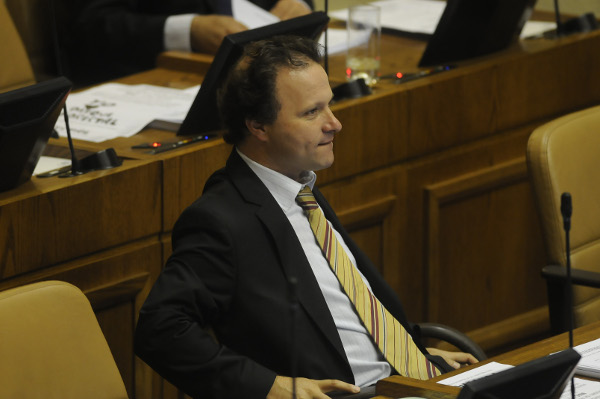 De Urresti llama a la mesura a Ignacio Walker tras pedir explicación al vocero Díaz