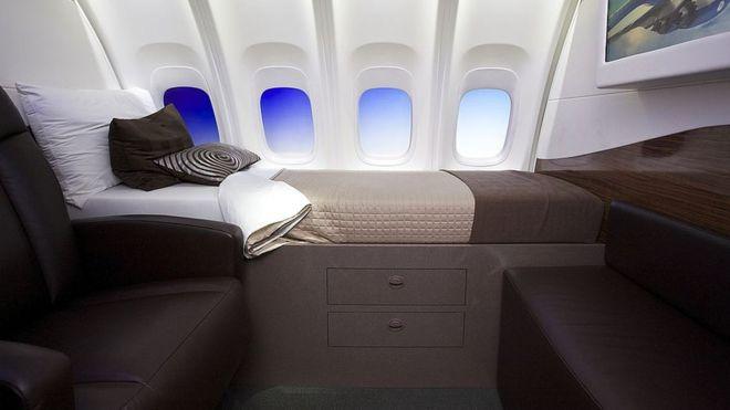 """Algunos quieren unirse al """"Club de la milla de altura"""" cuando viajan en aviones de línea"""