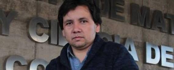 Chileno Andrés Navas, recibe la Medalla Umalca, la mayor distinción para un matemático en América Latina