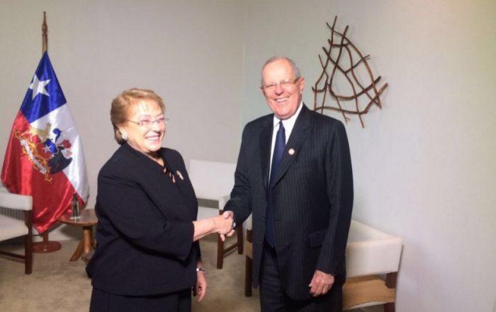 Bachelet y Kuczynski se reúnen por primera vez desde elecciones en Perú
