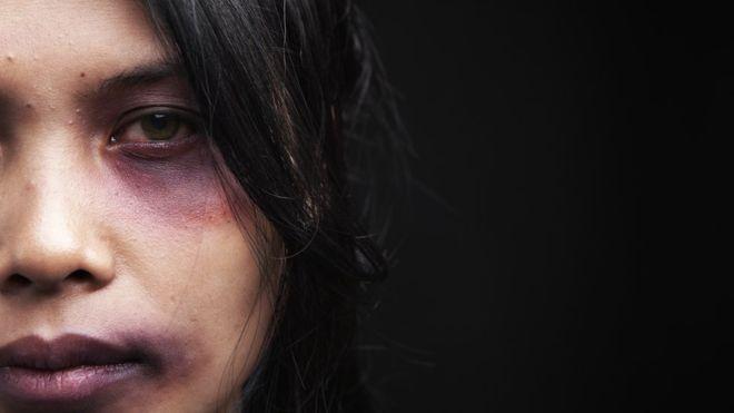 Las razones con las que las adolescentes justifican que un hombre le pegue a su pareja