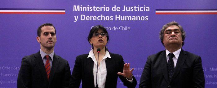 Blanco bajo presión por mostrar resultados: Anuncia despido de 123 personas en Gendarmería por licencias irregulares