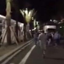 [VIDEO] Espeluznante video graba de frente el ataque de camión contra la multitud en Niza